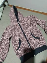 Casaco e pijamas