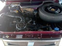 Vendo e troco Fiat uno Mille 96 motor e caixa ok , 2 portas, básico pintura boa.