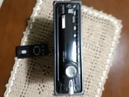 Aparelho de som Sony com controli