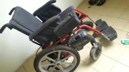 Vendo - Cadeira de Rodas motorizada freedom só 4500,00