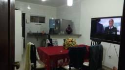 Casa mobiliada com piso porcelanato no Jardim Turu(aluguel)