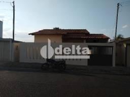 Casa para alugar com 3 dormitórios em Planalto, Uberlândia cod:603716