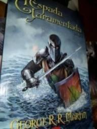 Game Of Thrones (Livro II- A espada juramentada), George R. R. Martin