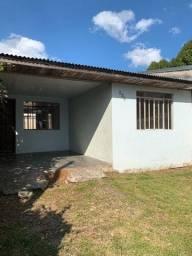 Casa 80m quadrados - terreno 8/20 - CIC-Vitória Régia