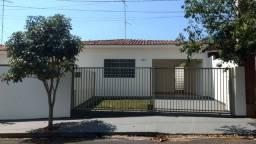 Casa 2 quartos - Araraquara - bairro Santa Angelina