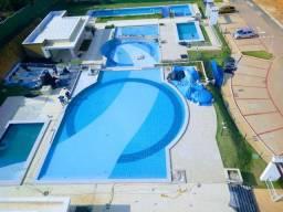 Condomínio fechado com parque aqúatico e lotes de 250m² a 450m²