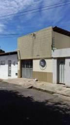 Vendo casa na rua jonas batista 2092 bairro marques