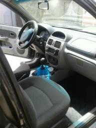 Carro Clio sedan 1.6 - 2003