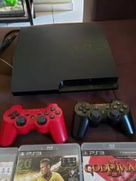PS3 Slim com 2 controles e 5 jogos físicos comprar usado  Araguari