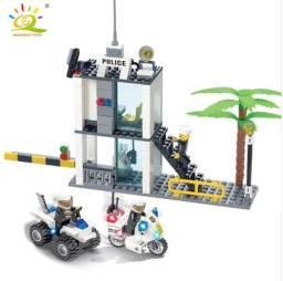 Conjunto Delegacia de Policia - Lego