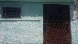 Casa pra vender no bairro da Liberdade próximo a Odon Bezerra