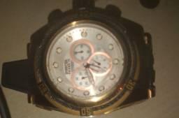 Vendo relógio invicta semi novo 450, parcelo em 2x