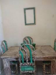 Super Mesa + 4 Cadeiras em Madeira Nobre sem Avarias