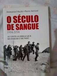 """Livro """"O século de sangue"""" em ótimo estado"""