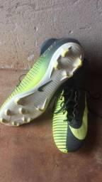 Chuteira Nike CR7 (Estado de novo)