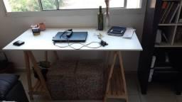 Vende-se Escrivaninha/Mesa