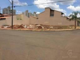 Terreno para alugar, 418 m² por R$ 2.000,00/mês - Jardim Oriente - Londrina/PR