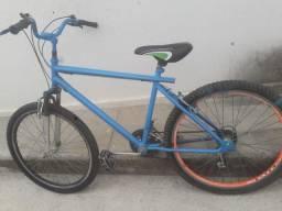 Vende se essa bike