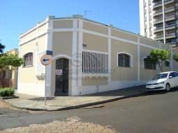 Casa para alugar com 3 dormitórios em Centro, Jaboticabal cod:L2812