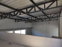 Galpão + casa + sala comercial e Depósito