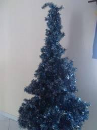 Árvore de natal com 2 metros