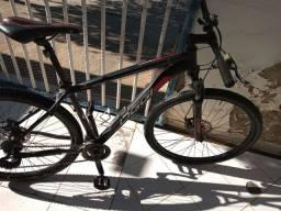 Bicicleta Oggi em ótimo estado
