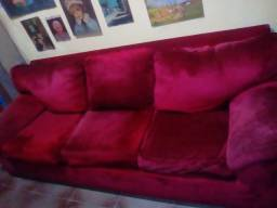 Lindíssimo Sofá Vernelho Confortável