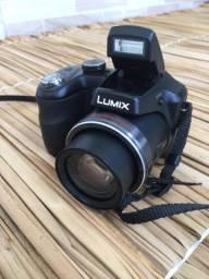 Câmera semi profissional Panasonic