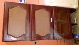 Armário de parede em Angelim