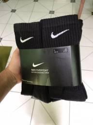 3 pares de meia cano alto Nike