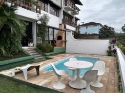 Casa centro, altíssimo nível, Morro dos Milionário, condomínio fechado, Petrópolis-RJ