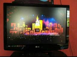 Vendo ou troco tv LG 22 polegadas led