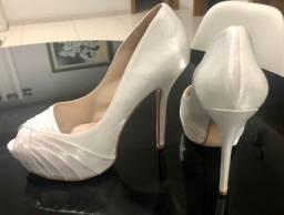 Peep toe noiva de cetim branco