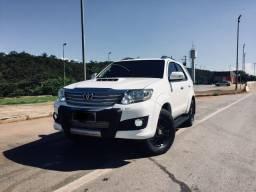 Hilux sw4 srv Diesel 2015
