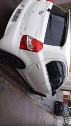Toyota Etios Branco