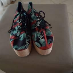Calçados variados 50 cada par