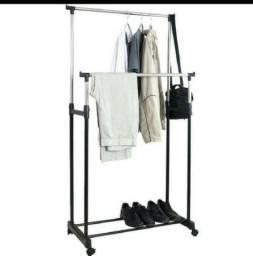 Arara para roupas em venda e exposição bszsrv