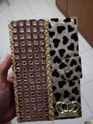Bíblia sagrada com harpa linda por 85 reais