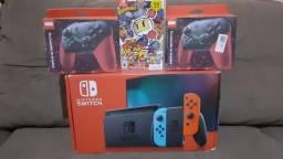 Nintendo switch 32gb com 1 jogo ,2 pro controles Leia a descrição pra mais informações