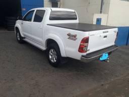 Vendo Hilux 2014 automática/diesel