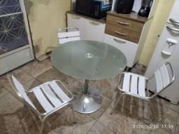 Jogo de mesa tampo blindex e cadeira de alumínio