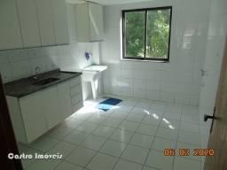 Quitandinha: Vendo Apto 2 Quartos, 2 Banheiros: Condominio com Lazer