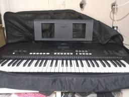 Vendo teclado PSR E 433