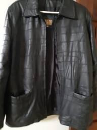Jaqueta em couro