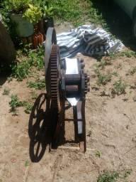 Maquina de moer cana
