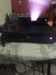 Vendo Xbox one ou troco no ps4 ou no ps3 desbloqueado  com volta pra mim