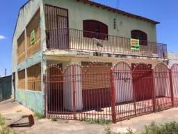 Vd/Troca Casa (sobrado) de esquina com 2 lojas - Santa Maria