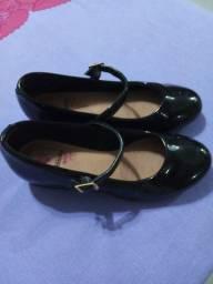 Sapato infantil preto
