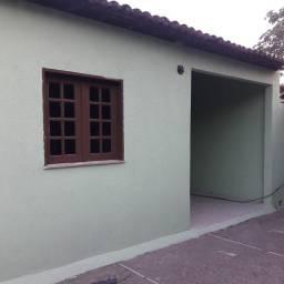 Casa com 2 quartos no bairro Aracape.