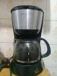 Cafeteira Britânia 18 xícaras